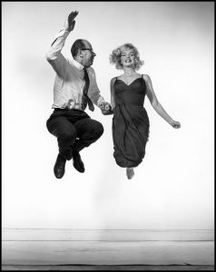 USA. 1959. American actress Marilyn MONROE jumping with Philippe HALSMAN.
